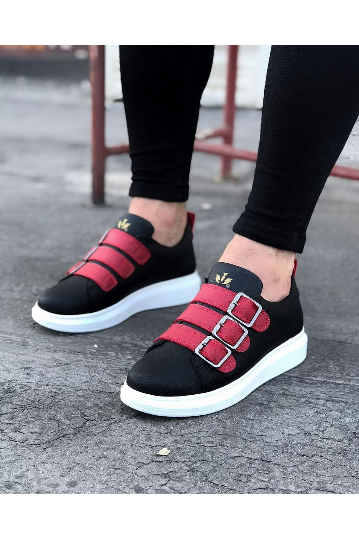 Wagoon WG050 Siyah Kırmızı Tokalı Kalın Taban Erkek Ayakkabı
